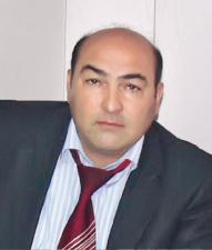 Скандарбек Тулпаров, главный режиссер Русского драматического театра им. М. Горького.